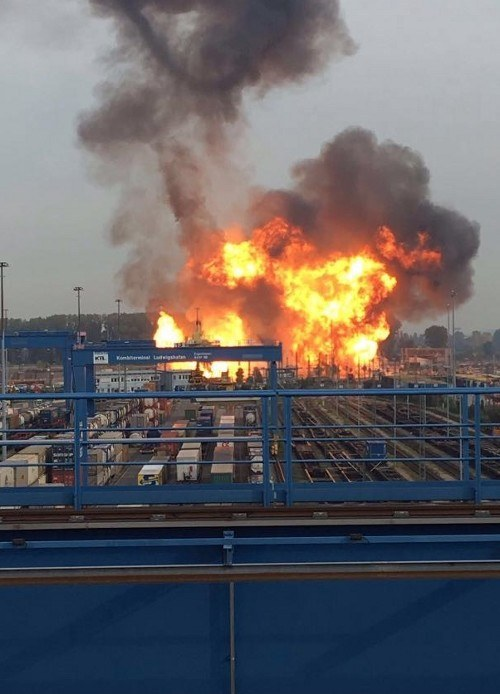 """""""Es wird auf Biegen und Brechen produziert ..."""" - zur Explosion auf dem BASF-Gelände in Ludwigshafen"""