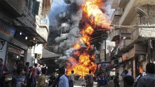 Aleppo: Regime-Truppen und reaktionäre Milizen begehen Kriegsverbrechen - SDF-Kämpfer schützen Zivilisten