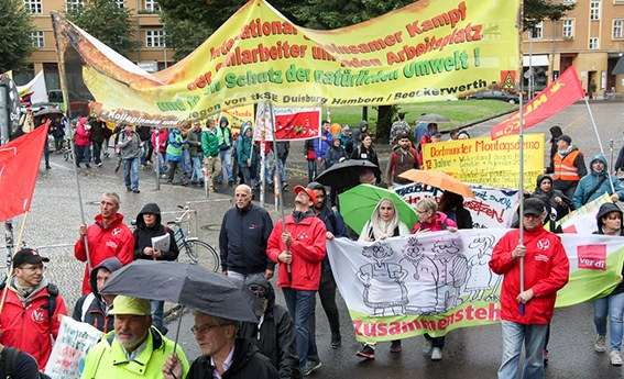 Bundesweite Montagsdemo ruft auf: Nein zur Abwälzung der VW-Krise!