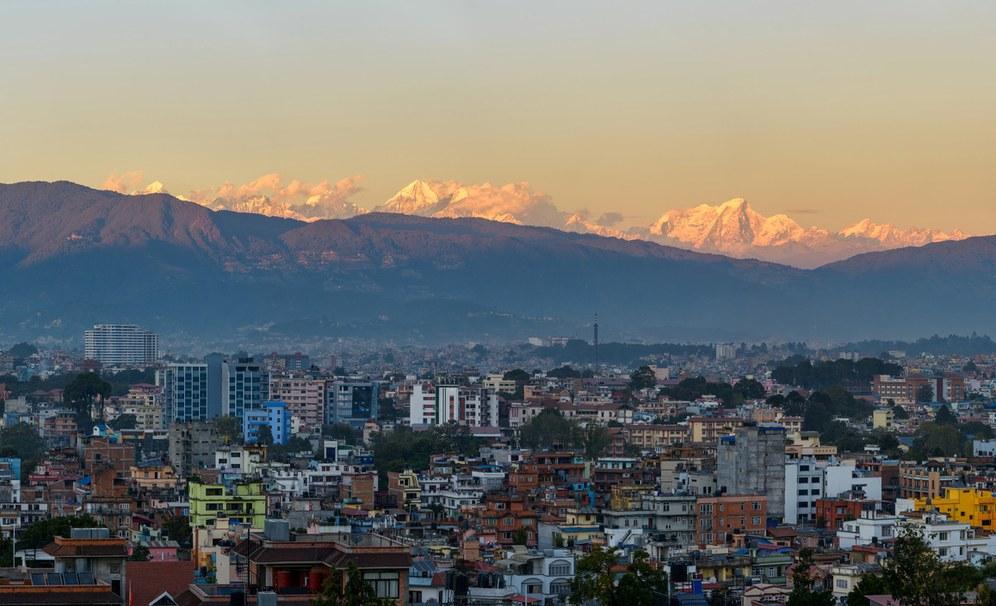 Ein strahlender Himalaya, harte Streiks und eine offene politische Krise in Nepal