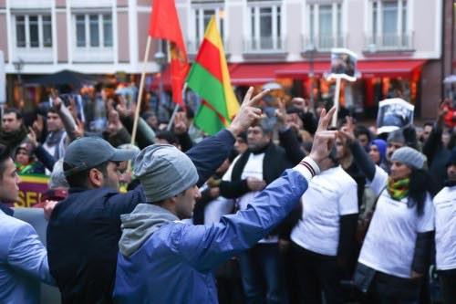 Solidarität mit Rojava und Kritik an Erdogans Staatsterror in vielen Städten Deutschlands