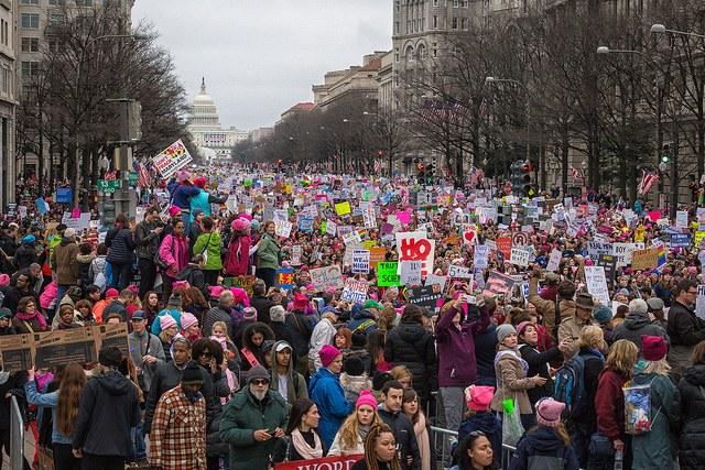 Weltweit Millionenproteste gegen Trump: 500.000 allein in Washington auf den Straßen