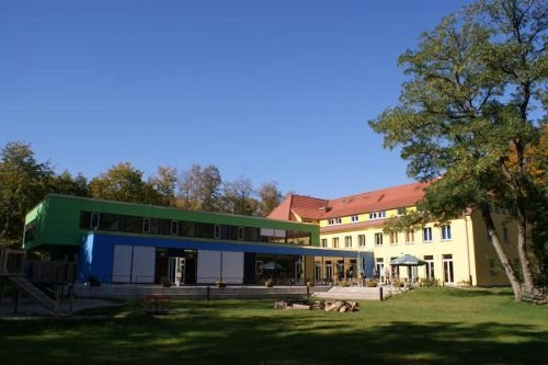 Skandalöses Hausverbot gegen Mitglieder der MLPD in der Jugendherberge Dessau