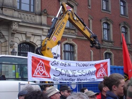 Bombardier: 1.000 kämpferische Kolleginnen und Kollegen demonstrieren gegen Job-Vernichtung