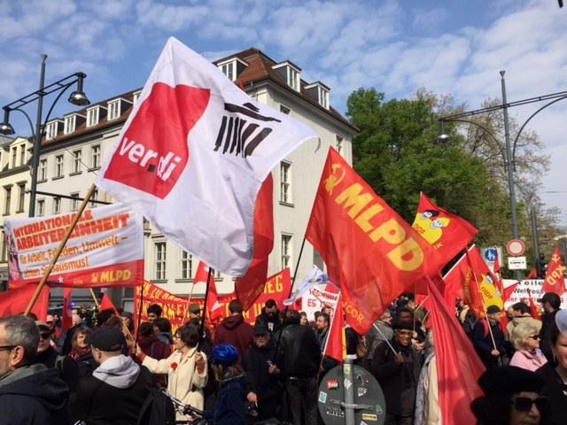 1. Mai 2017 - im Zeichen des Protests gegen den Rechtsruck vieler Regierungen und der wachsenden Anziehungskraft der revolutionären Perspektive