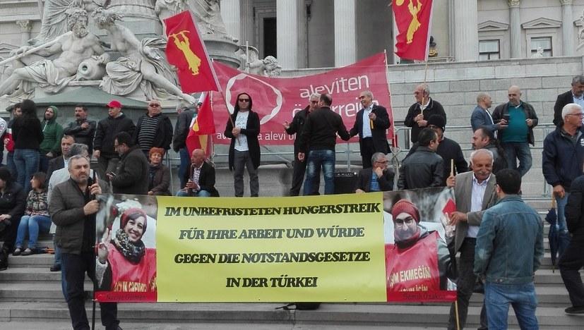 Solidarität mit politischen Gefangenen