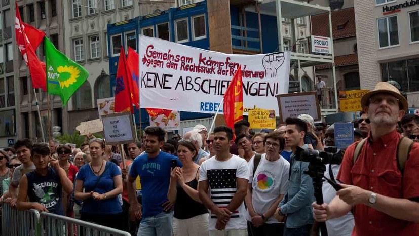 """""""Es reicht – Ausbildung und Arbeit statt Abschiebepolitik!"""""""