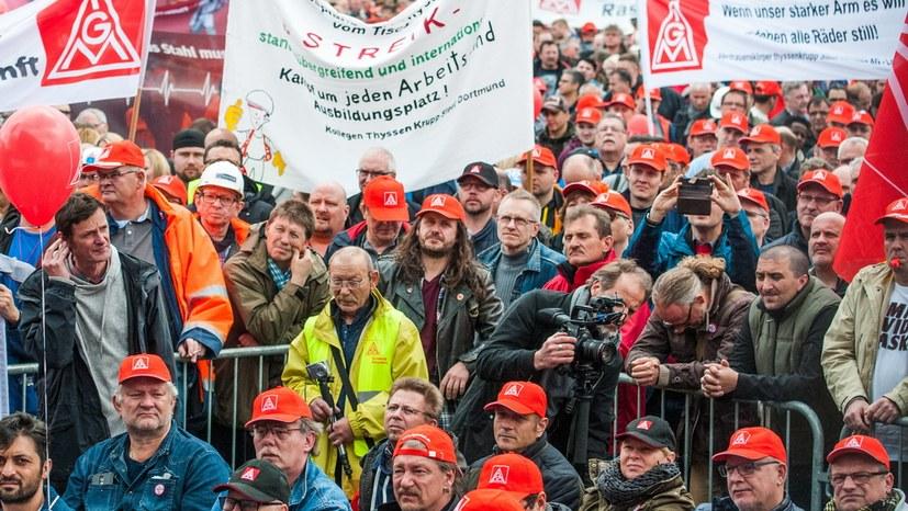 ThyssenKrupp will sich bis September vom Stahl trennen
