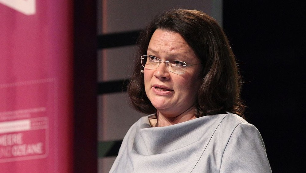 Verantwortlich für das Tarifeinheitsgesetz: Arbeitsministerin Andrea Nahles (SPD) (foto: Sandro Halank, Wikimedia Commons, CC-BY-SA 3.0)
