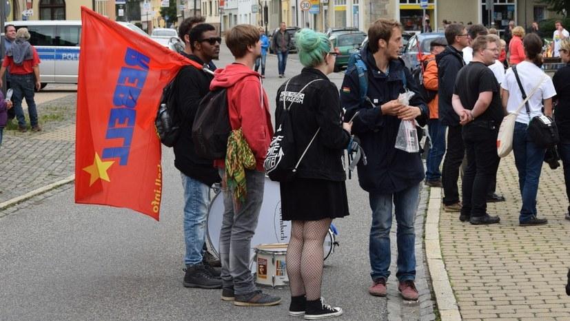 Erneute Proteste gegen Faschisten-Konzert