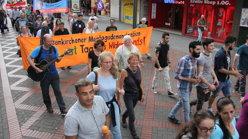 Montagsdemo steht solidarisch hinter Siegmar Herrlinger
