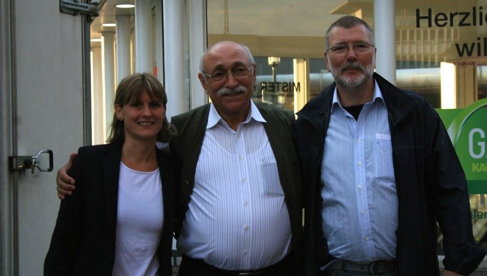 Gabi Fechtner, Cemil Gültekin und der Essener Direktkandidat Horst Dotten (RF-Foto)