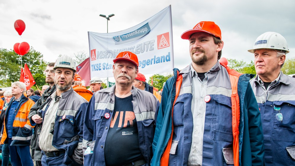 Solidarität mit dem Kampf der Stahlarbeiter um jeden Arbeitsplatz!