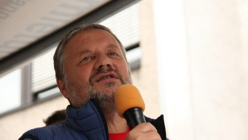 Stefan Engel bei einem Wahlkampfauftritt (RF-Foto)