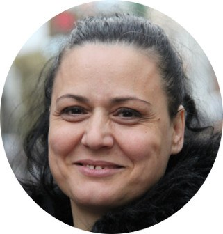 """Aurora, Mitarbeiterin im Bistro der Gelsenkirchener """"Horster Mitte"""""""