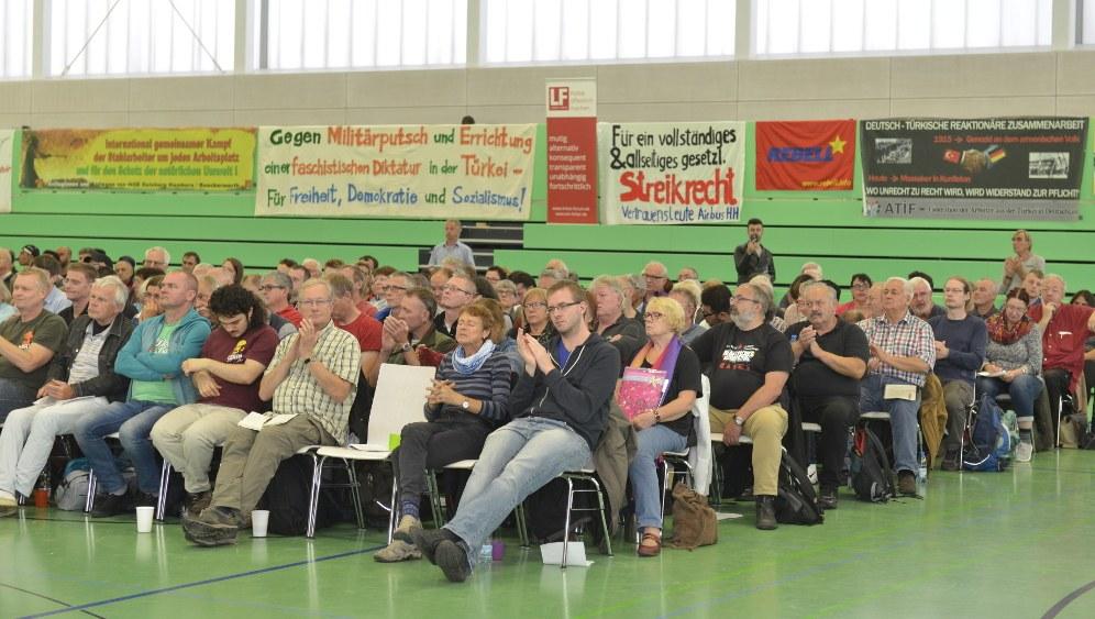 Volle Konzentration auf dem 1. Bündniskongress (rf-foto)