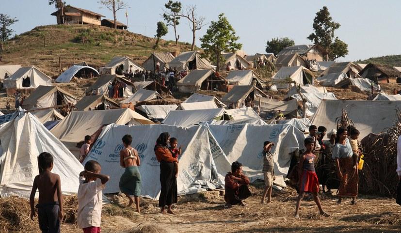 """""""Myanmar macht nur die Drecksarbeit für die Imperialisten"""""""