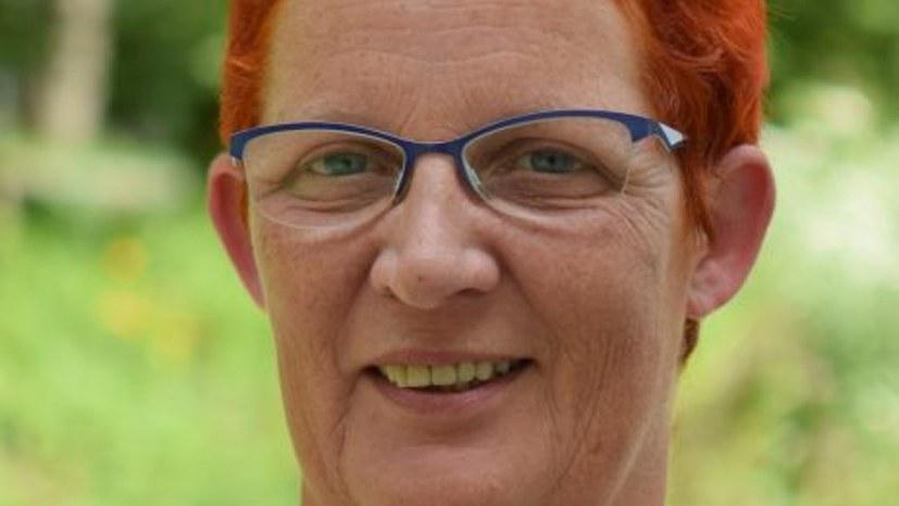 Sofortige Weiterbeschäftigung von Ilona Janda!