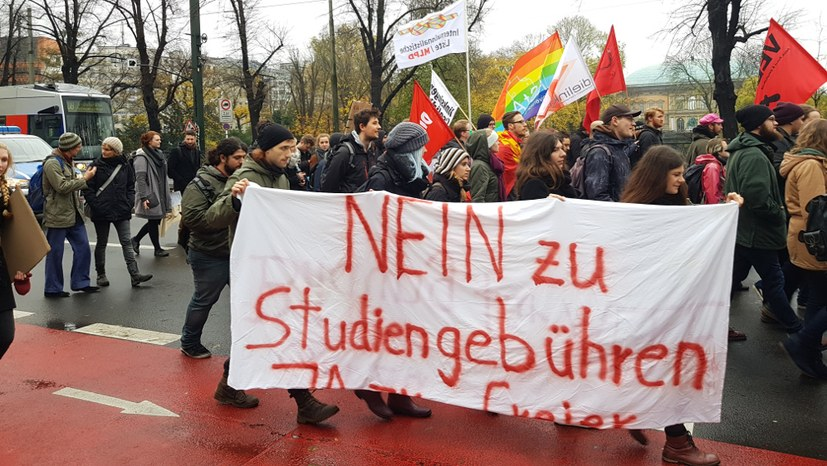 250 Studierende demonstrierten in Düsseldorf