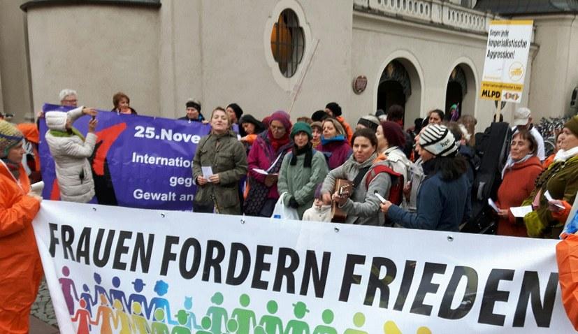 Frauenpower - international und organisiert gegen Rechtsruck der Regierungen