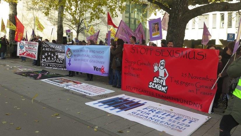 Solidarität mit den Angeklagten im Zeichen des Kampfs gegen Gewalt an Frauen