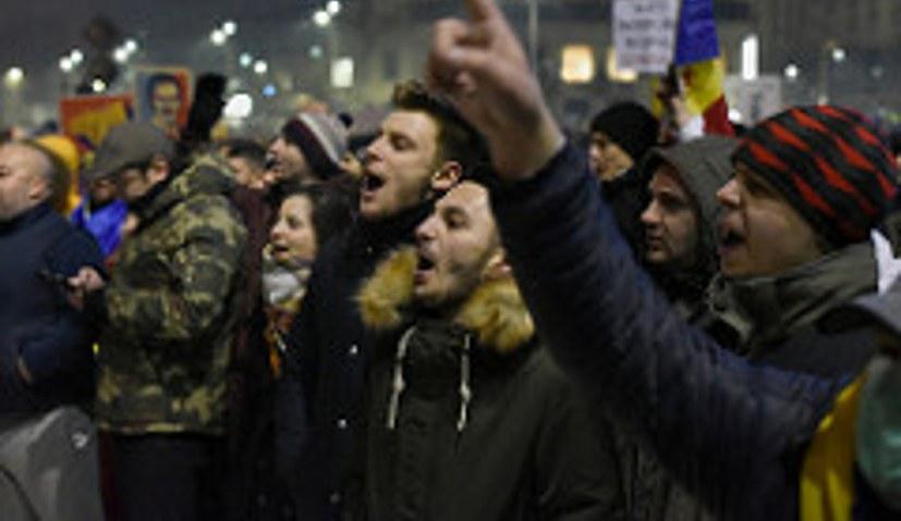 15.000 gingen in Bukarest auf die Straße