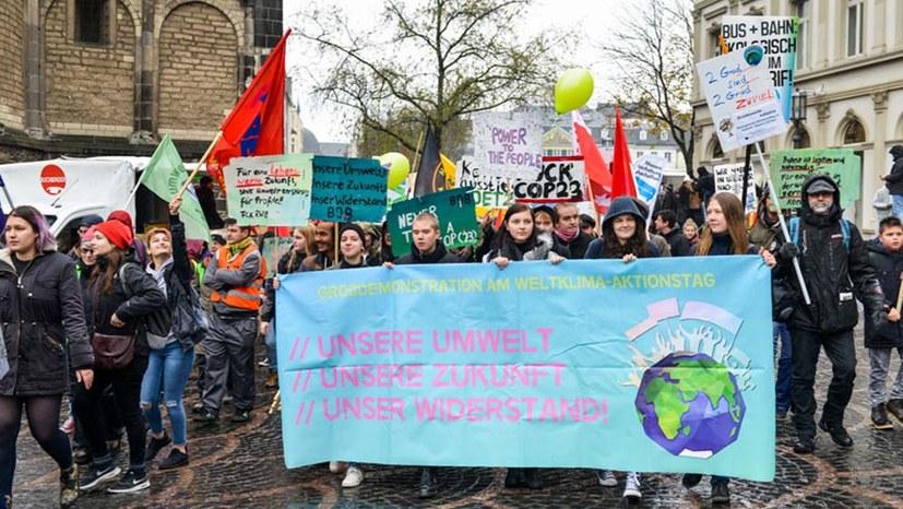 Kölner Karneval, der Klimagipfel und der Tschadsee