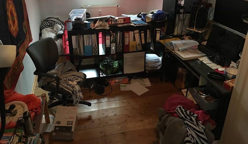 Das durchsuchte Zimmer von Nils Jansen nach der Razzia (foto: Nils Jansen)