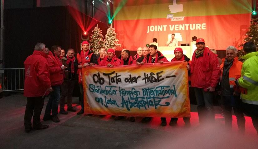 Gemeinsamer Protest der Stahlarbeiter von Tata und thyssenkrupp