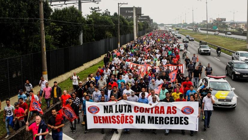 Mercedes-Benz-Arbeiter contra Flexibilisierung und Rentenraub