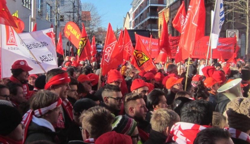 Dreiste Streikverbotsdrohung durch Gesamtmetall