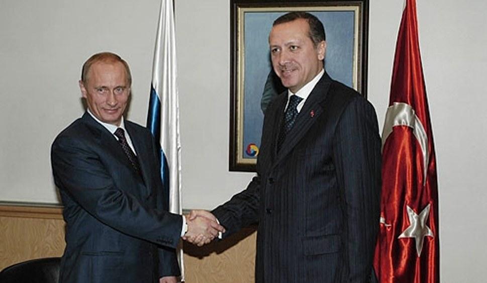 Ein Bild aus älterer Zeit: Mittlerweile operieren Russland und die Türkei ausschließlich wieder auf eigene Rechnung (foto: Kremlin.ru (CC BY 4.0))