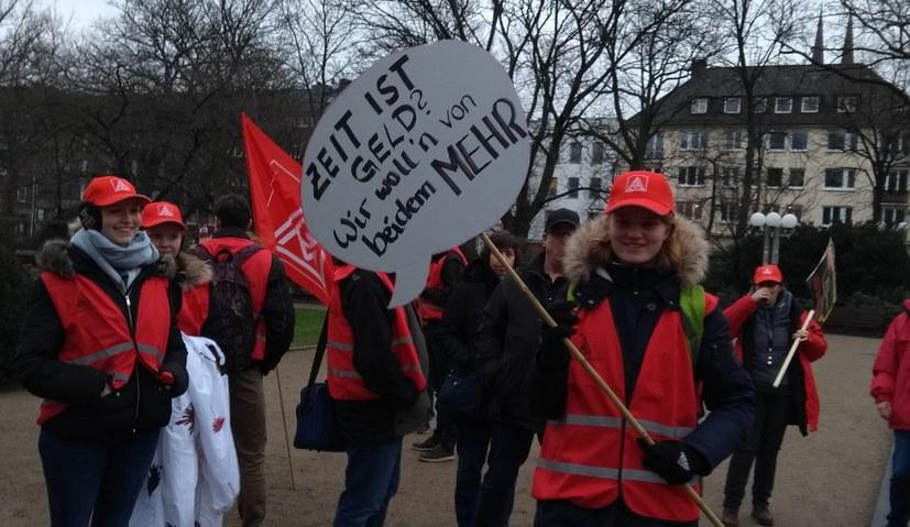 Küstenaktionstag: Entschlossen und diskussionsfreudig