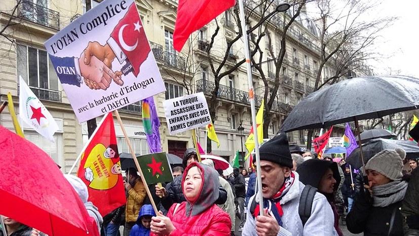 Protest gegen Erdogans Krieg in Frankreich und in Deutschland