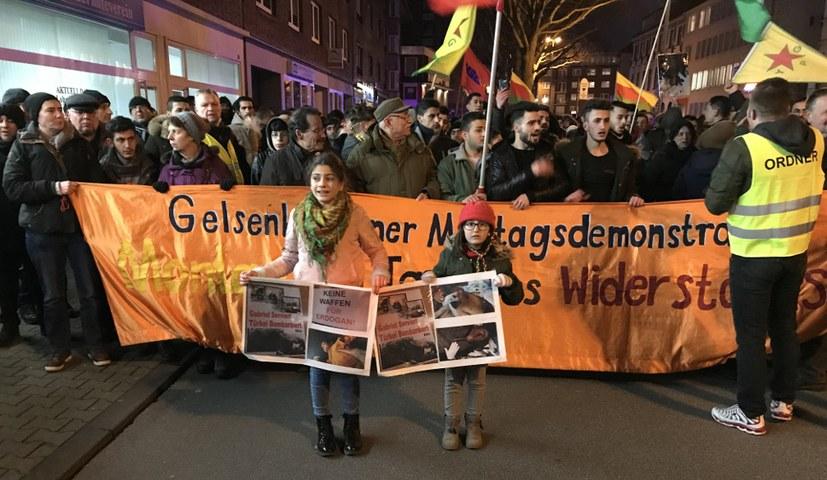 Montagsdemonstrationen in Solidarität mit Efrîn
