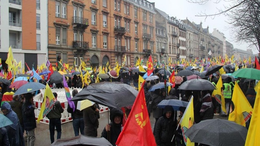 Großdemonstration gegen türkischen Angriffskrieg