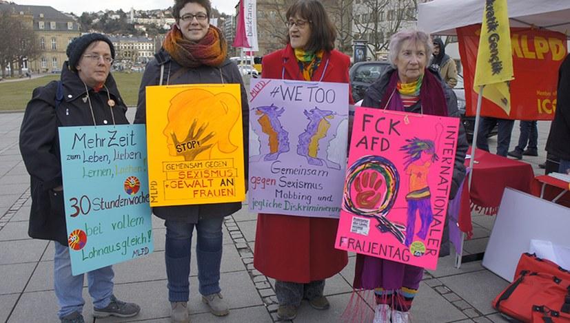 Beifall für die Solidarität mit den ver.di-Frauen