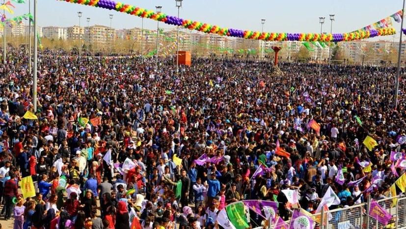 Hunderttausende auf den Straßen für Efrîn