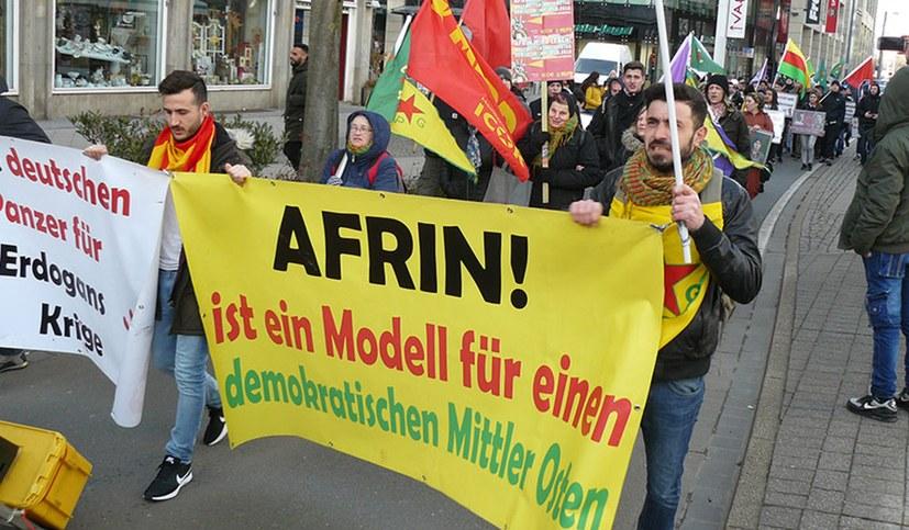 Lebhafte, sehr solidarische und kämpferische Demo