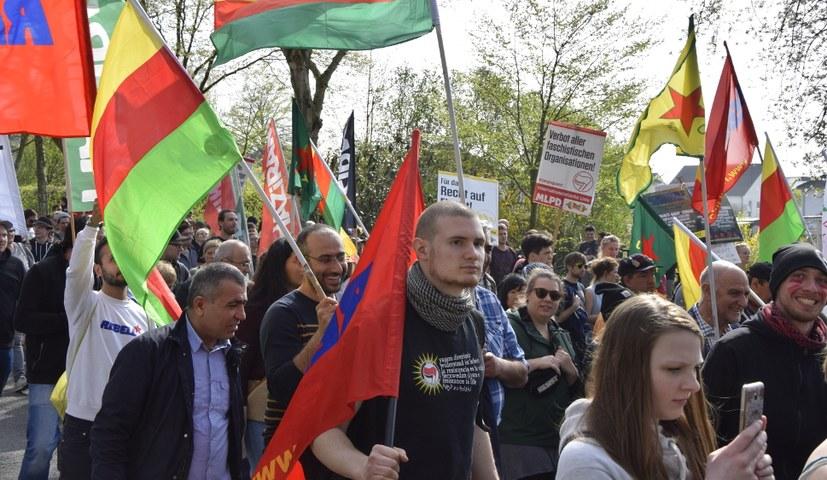 Tausende beim antifaschistischen Protest