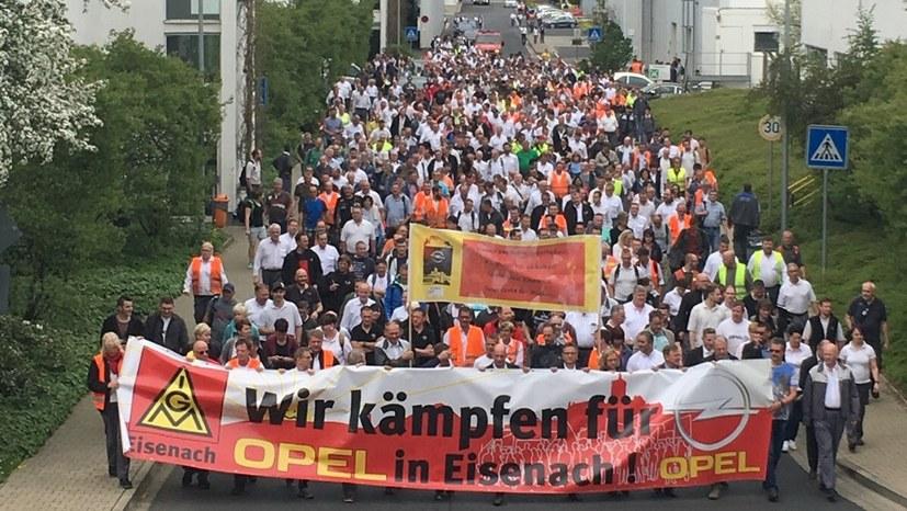 Opel: Konzernweite Verbrüderung in Eisenach