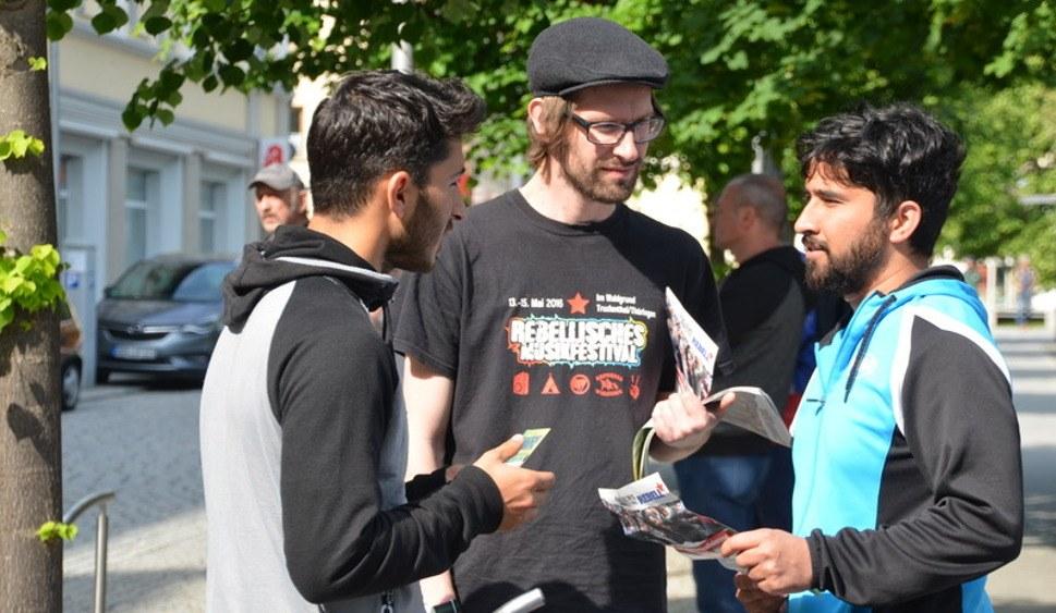 Intensive Diskussionen in Sonnerberg (rf-foto)