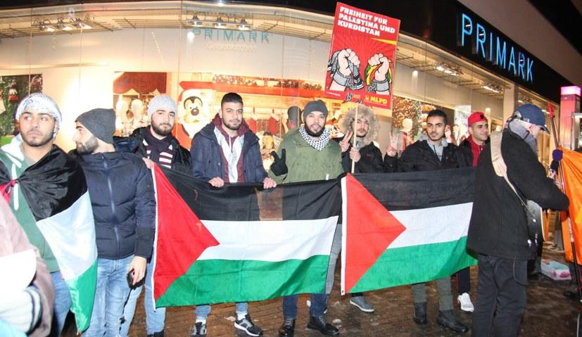 Solidarität mit dem Kampf für Freiheit und Demokratie