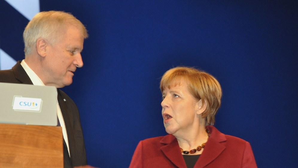 Streit zwischen Merkel und Seehofer spitzt sich zu