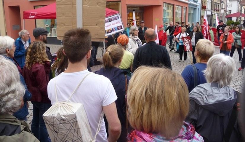 Protestkundgebung und Demo gegen AfD-Veranstaltung