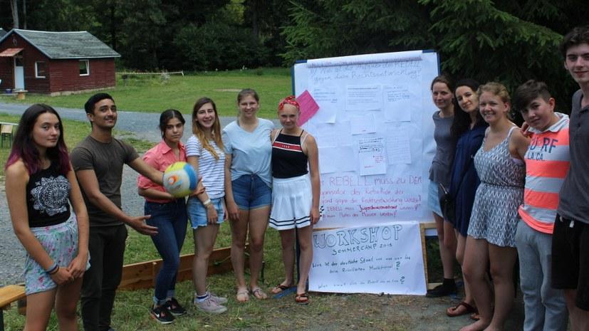 Sommercamp - Verschönerung der Ferienanlage, Rauchen aufhören und vieles mehr