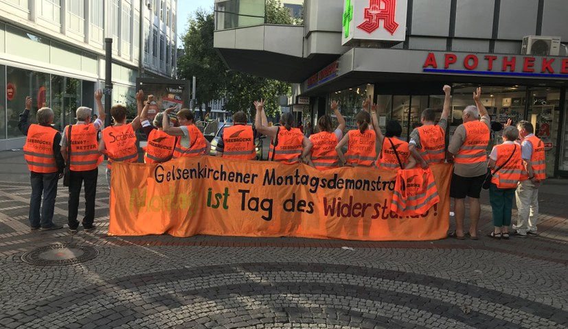 Montagsdemonstration war ganz in orange getaucht