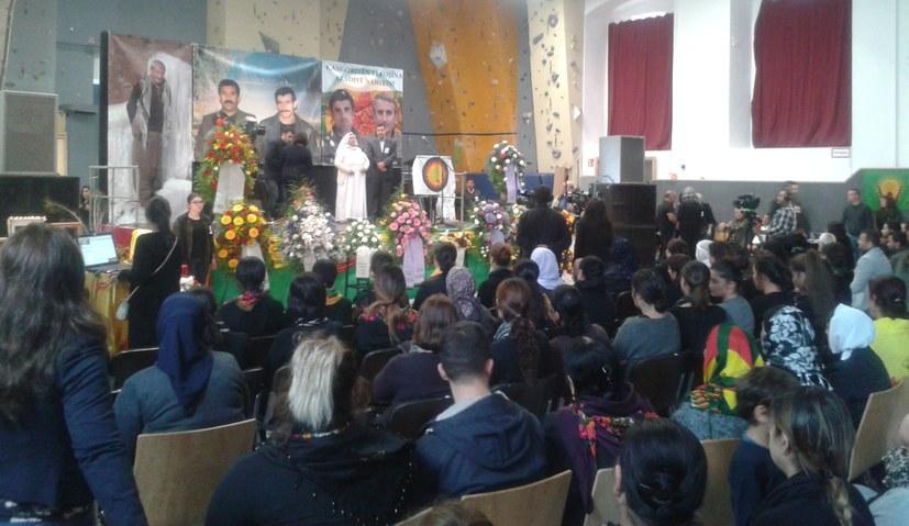Ergreifende Gedenkfeier für Mam Zekî Şengalî