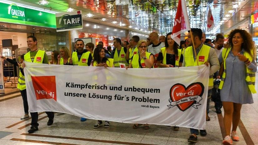 """Karstadt/Kaufhof-Fusion: """"Sanierung"""" auf dem Rücken der Beschäftigten"""