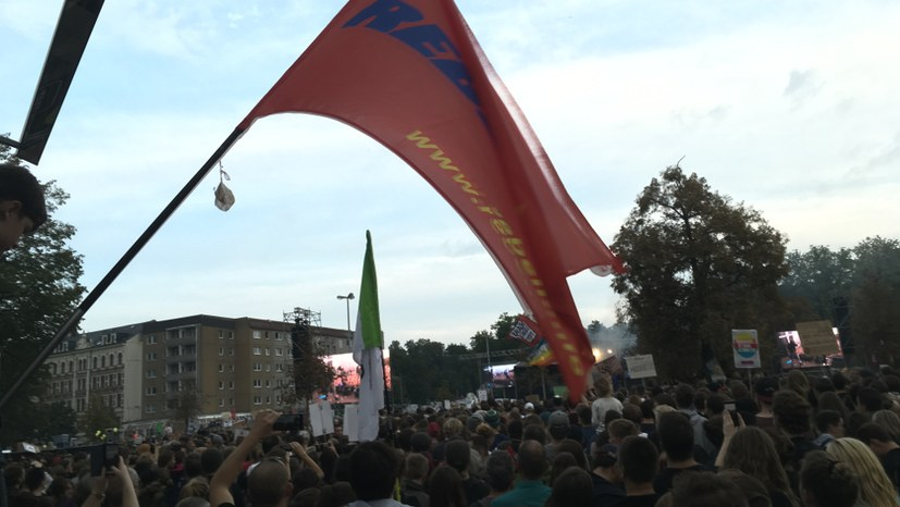 70.000 beim antifaschistischen Konzert